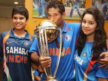 Sachin Tendulkar with his son and daughter