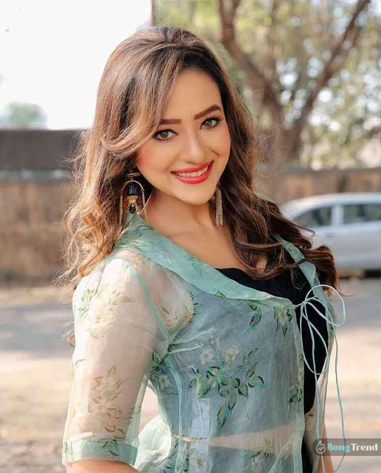 Madalsa Sharma মাদালসা শর্মা