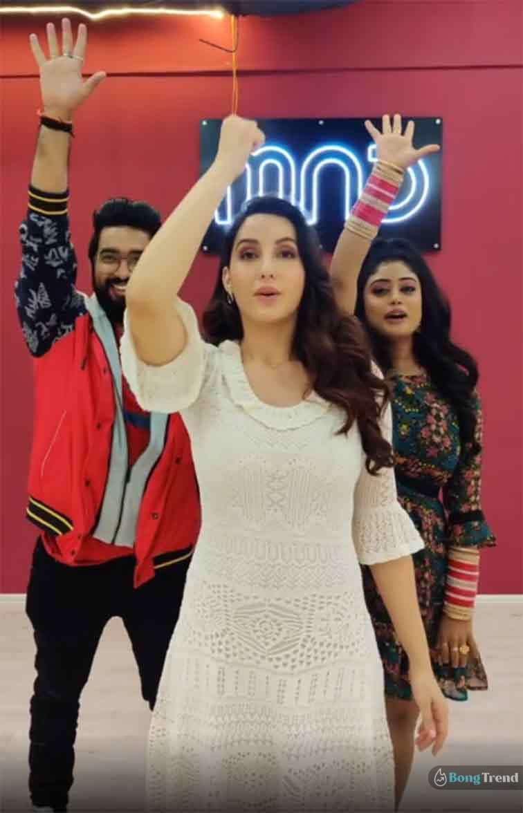 Viral Video Nora Fatehi Teaching Dance Lessons