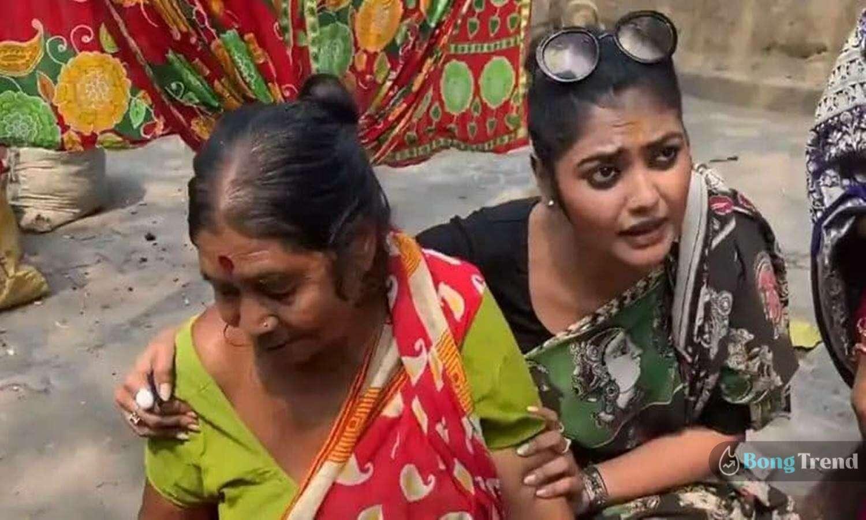 Photo of ভিন্ন 'স্বাদে' নির্বাচনী প্রচারে অভিনেত্রী, দিদার হাতের পুদিনার চাটনি রান্না শিখলেন তৃণমূলের সায়নী