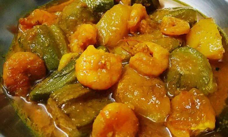 পটল চিংড়ি রেসিপি Potol Chingri Recipe