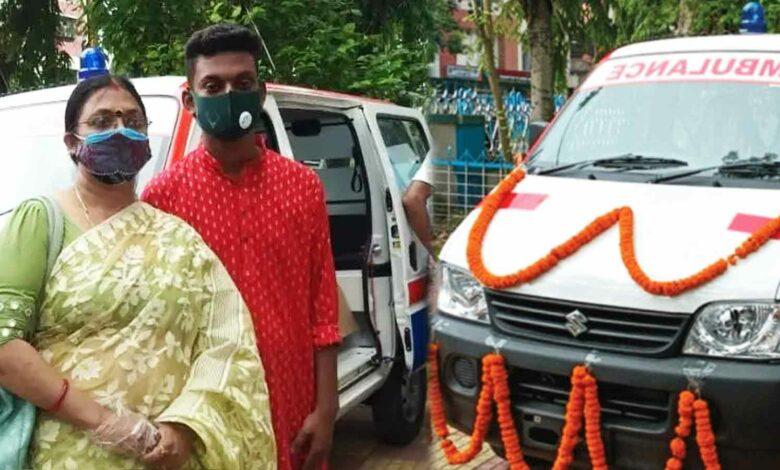 Siliguri Teacher donates Ambulance for covid patients