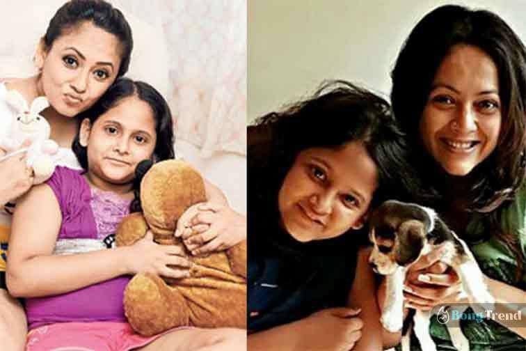 Sreelekha Mitra with daughter
