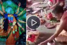 Photo of মূর্তি ভেঙে গুঁড়িয়ে দিয়েছে ধর্মীয় মৌলবাদীরা ! ভাঙা মণ্ডপেই দুর্গা পুজো সারলেন বাংলাদেশের হিন্দুরা